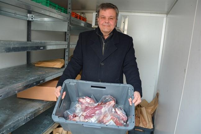 Riksdagsledamoten Anders Norrback, själv livsmedelsproducent, skulle gärna se ytterligare lagskärpning mot vilseledande märkning.