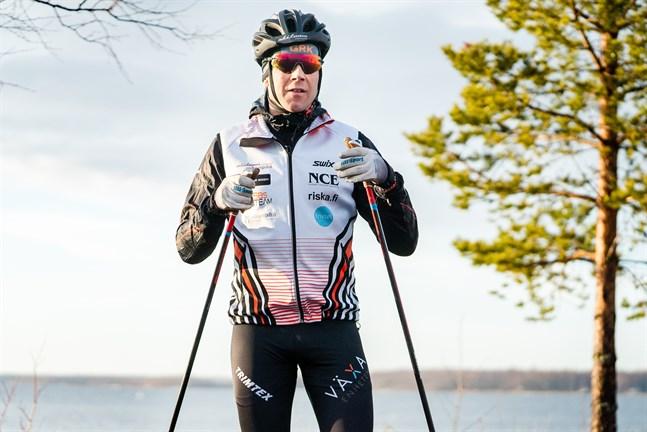 I dag är Hans Mäenpää superbt vältrimmad, men det var han inte när han satte sig på cykeln och trampade från Jakobstad till Alta på tre dagar.