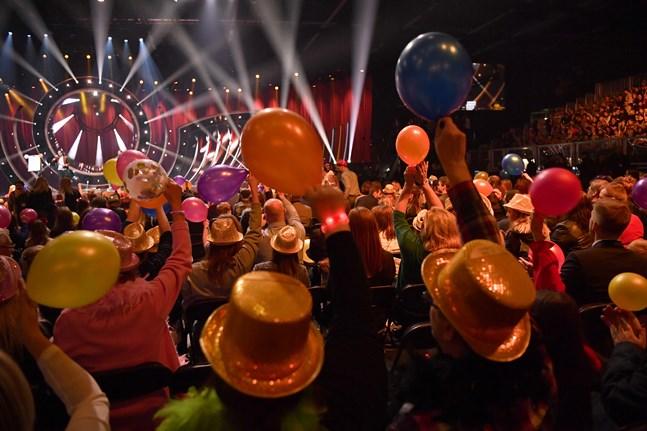 Publik inför Melodifestivalens sista deltävling i Lidköping Arena 2019. Arkivbild.