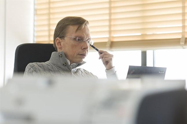 Elva av tjugo sjukvårdsdistrikt har redan datasystemet, och enligt Johan Kullas är de snart ännu fler.