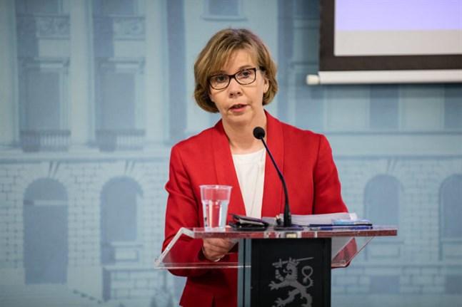 Anna-Maja Henriksson (SFP) är justitieminister och riksdagsledamot från Jakobstad.