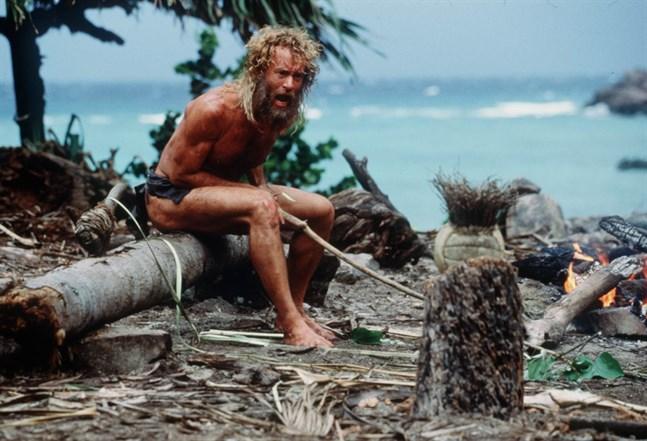 """Tom Hanks rollfigur Chuck Noland skriker åt volleybollen Wilson i """"Cast away"""" från 2000. Arkivbild."""