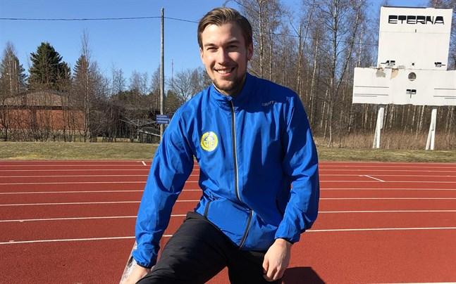 Filiph Johansson kör med nio träningspass per vecka.