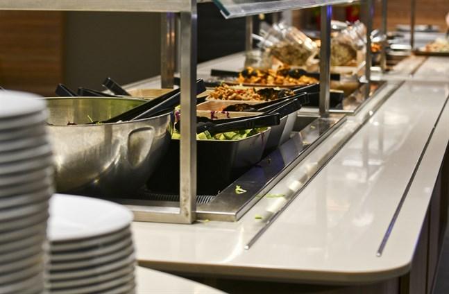 Under årets första kvartal hade 15 procent av Finlands företag inom hotell- och restaurangbranschen betalningssvårigheter.