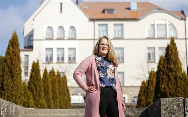 UF-företagen vid Jakobstads gymnasium handleds av Mia Mattsson.