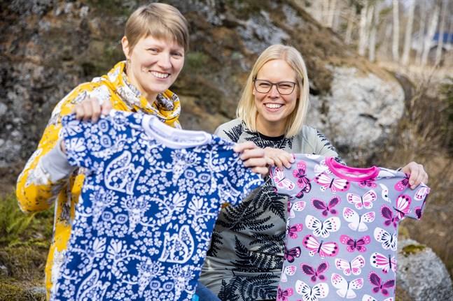 Elinor Cederberg och Christine Karp startade företag tillsammans för fyra år sedan. De ville ha mer färgglada barnkläder och började sy själva. Nu öppnar de en webbshop.