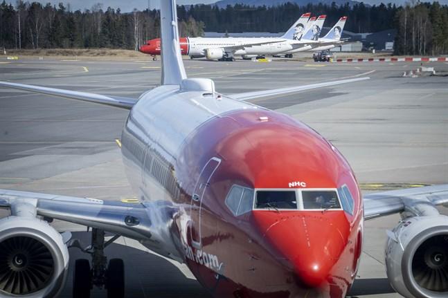 Blir planen kvar på marken för gott? Ännu finns inga besked om norska flygbolaget Norwegian. Arkivbild.