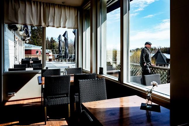 Anders Högberg, vd på Strandis, hoppas att restaurangen snart ska kunna öppna upp. Men han ser ett stort behov av subventioner till restaurangföretagen för att klara krisen.