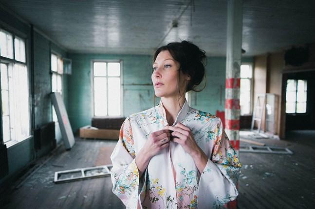 Sofie Lybäck är skådespelare, dansare, koreograf och regissör. Hon beviljas nu stöd från Svenska kulturfonden för att fortbilda sig i New York.