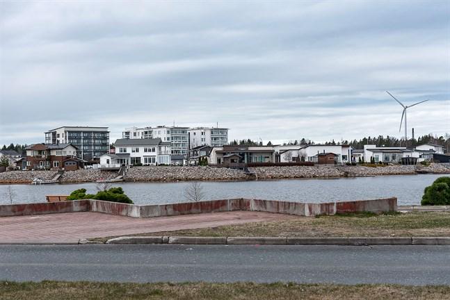 Karleby har minst antal bekräftade koronafall i Finland sett till invånarantal. Bilden från bostadsmässområdet invid Havsparken.
