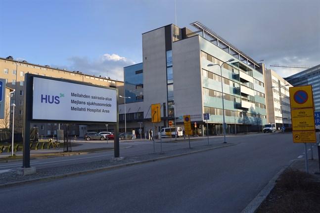 Majoriteten av alla 44 intensivvårdspatienter vårdas inom Helsingfors universitetscentralsjukhus specialansvarsområde.