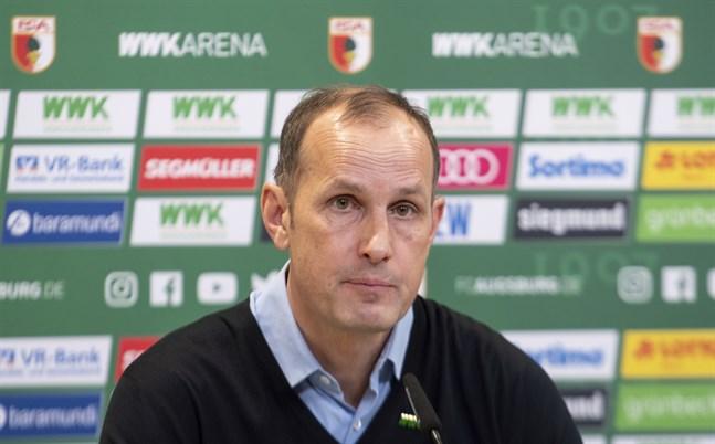Heiko Herrlich den 10 mars i år, när han presenterades som Augsburgs nya tränare.