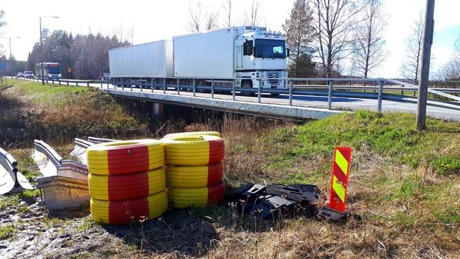 På måndag stängs den ena körfilen då bron vid Vassorfjärden börjar repareras.
