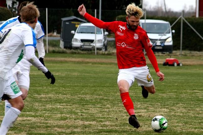 Michael Kozielek är nu i Kristinestad och det ska förhoppningsvis innebära ett lyft för Sporting Kristina.