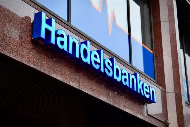 Bluffmeddelanden har skickats ut i Handelsbankens namn, meddelar banken.