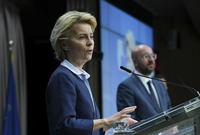 EU-kommissionens ordförande Ursula von der Leyen och permanente rådsordföranden Charles Michel får det tufft att övertyga alla om rätt medicin för coronakrisens ekonomiska effekter. Arkivfoto.