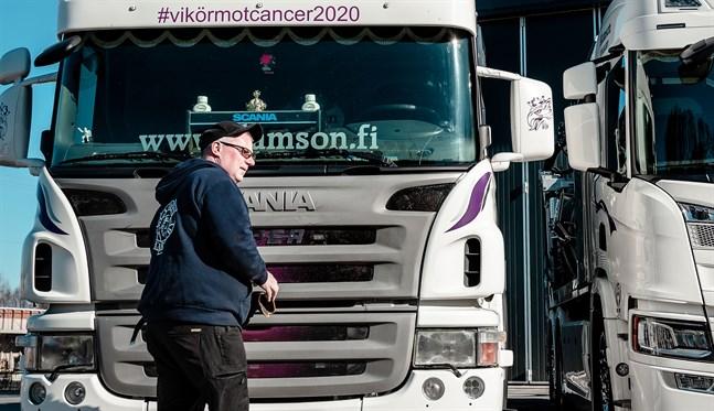 Kaj Knuts valdes till Årets österbottning 2020 för sitt engagemang för att samla in pengar till välgörande ändamål.