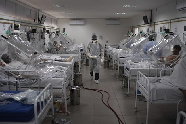 Coronapatienter behandlas vid ett sjukhus i Manaus, Brasilien.
