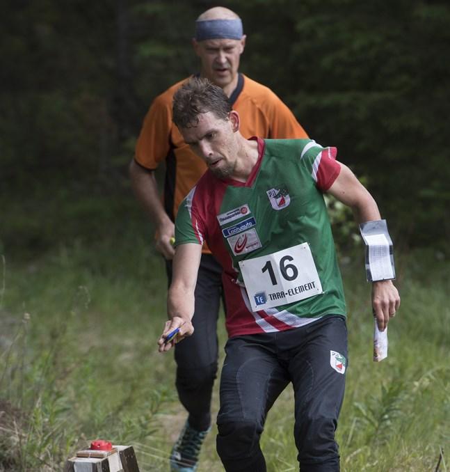Landslagstränaren Fredric Portin, som också är regerande FSO-mästare i herrklassen, finns bland dem som redan hunnit anmäla sig till Minkens nationella tävlingar i början av juni.
