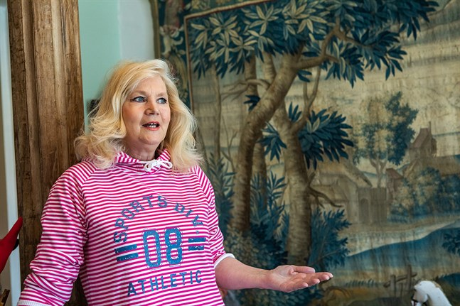 Eija Porkola öppnar antikaffär i Framshuset