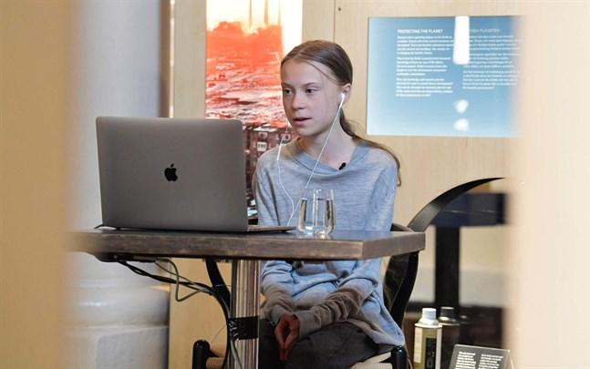 Klimataktivisten Greta Thunberg uppmanar den finländska regeringen att stoppa energibolaget Fortums investering i tysk kolkraft.