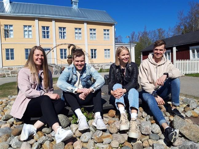 Sandra Snellman, Viktor Mäenpää, Karin Mäenpää och Hannes Mäenpää utgör en stark – och uthållig – bas i nybildade föreningen Björnstark.