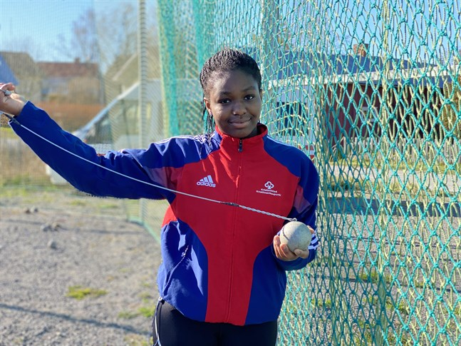 Emmanuela Koomson från Lappfjärd tog enkelt hem segern i Virkiä games i Lappo.