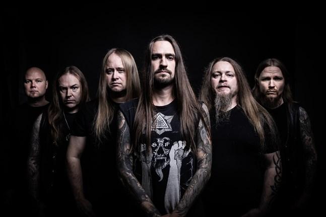 Numera frontar Mathias Lillmåns ... and Oceans. Bandet är aktuellt med en ny skiva.