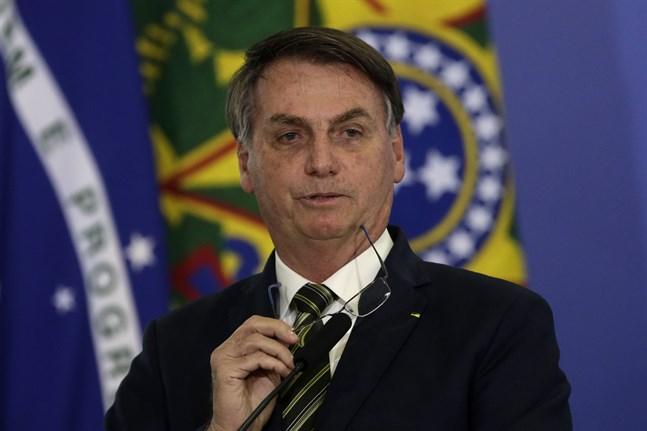 Brasiliens president Jair Bolsonaro utreds för misstankar om politisk inblandning i den federala polisens arbete.