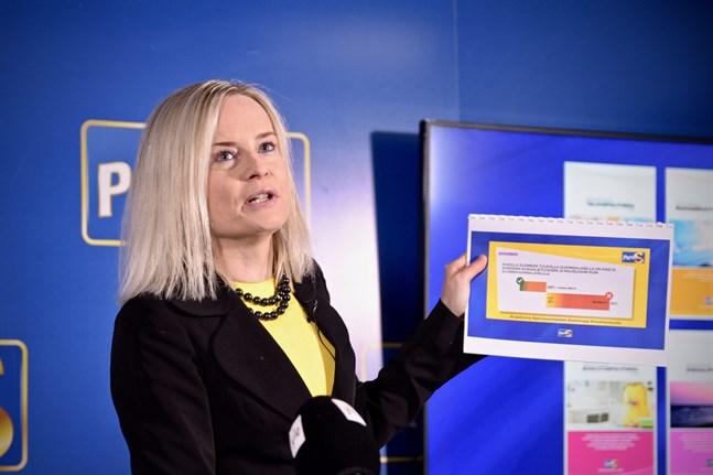 Sannfinländarnas vice ordförande Riikka Purra vill inte att Finland ska ge ekonomiskt stöd till övriga EU-länder på grund av coronakrisen.