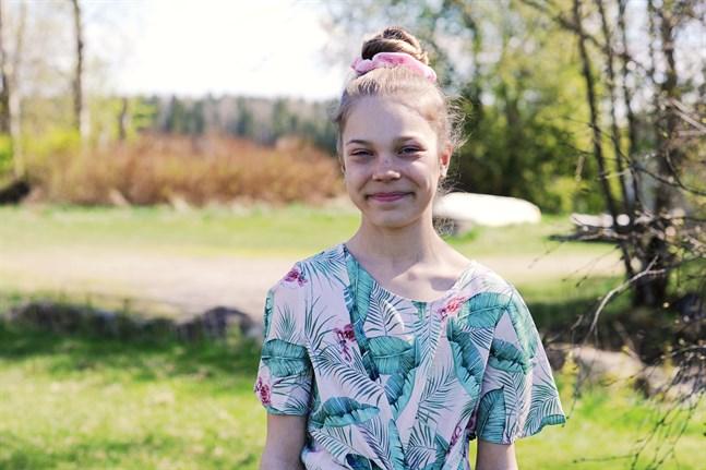 10-åriga Ellen Kronqvist Storholm är en av dansarna i årets upplaga av Melodi Grand Prix.