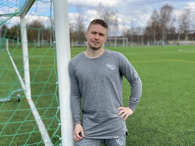 Att jobba som fotbollsspelare är det bästa som finns, menar Sportings Jere Moilanen.