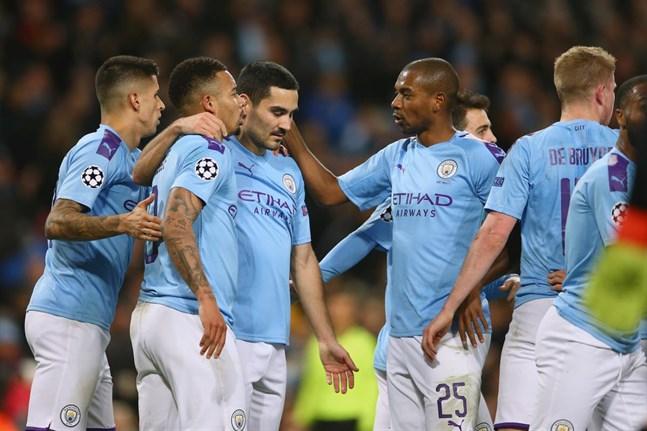 Manchester City och de andra Premier League-lagen kan snart vara tillbaka på fotbollsplanerna.