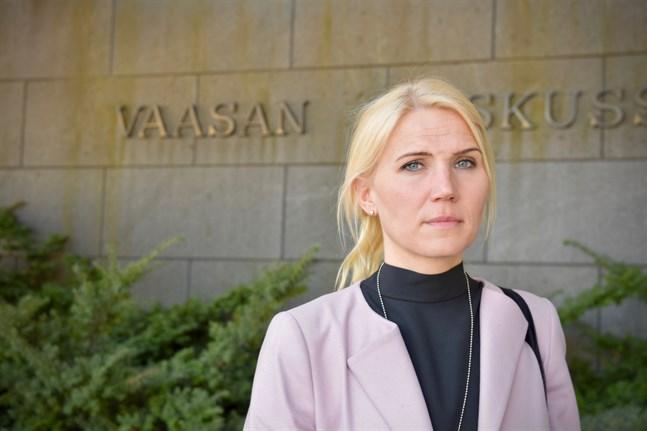 Marina Kinnunen, direktör för Vasa sjukvårdsdistrikt, upplever att coronaepidemin bidragit till en ökad dialog och digitalisering inom sjukhuset men även möjligheten för sjukhusdistriktet att göra konkreta insatser för samhället.