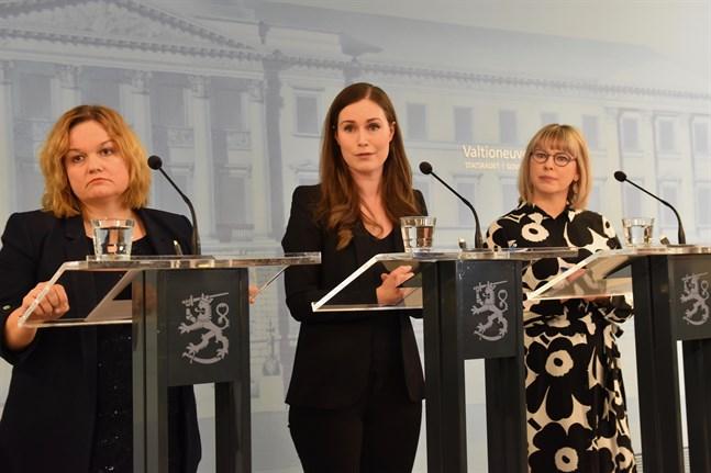 Cirka 70 procent av finländarna anser att regeringens information om coronakrisen är nyttig och tillförlitlig.