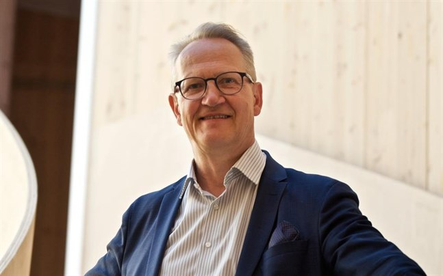 Juha Häkkinen. Österbottens handelskammare.