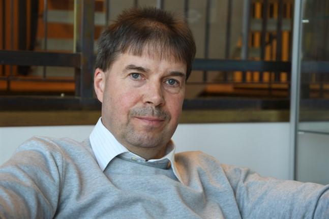 Närpes bostäder går vidare med bostadsbyggandet. Kent-Ole Qvisén berättar att ett radhus är under planering i Kåtnäs.