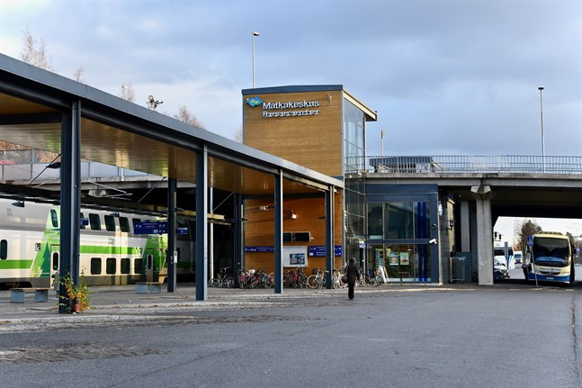 De nya elcyklarna ska placeras i anslutning till Vasa resecenter som är knutpunkt för tåg- och busstrafiken.