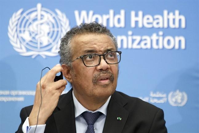 WHO chefen Tedros Adhanom Ghebreyesus meddelade under fredagen att rekommendationerna om munskydd ändras. Arkivbild.