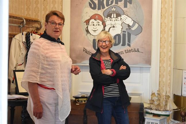 Lis-Marie Enroth-Niemi och Rose-Marie Engvall presenterade boken Skepp o'hoj i somras. Boken är en av de nominerade till Årets hembygdsbok i Finland.