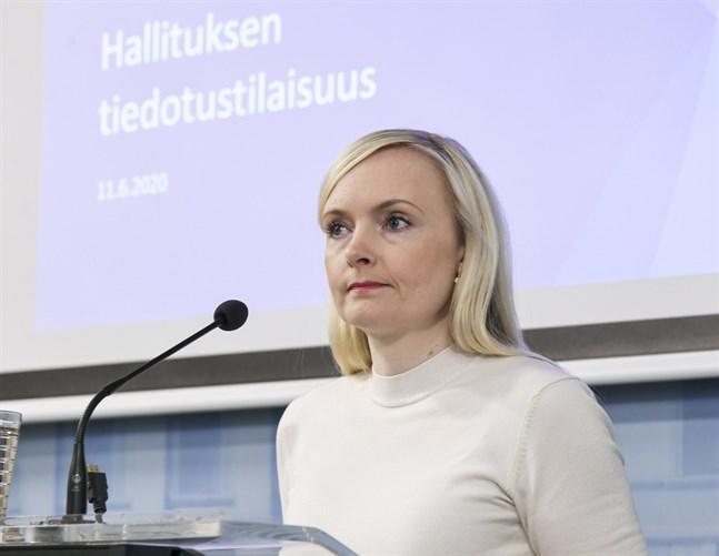 Enligt inrikesminister Maria Ohisalo ska gränskontrollerna mot Sverige fortsätta.