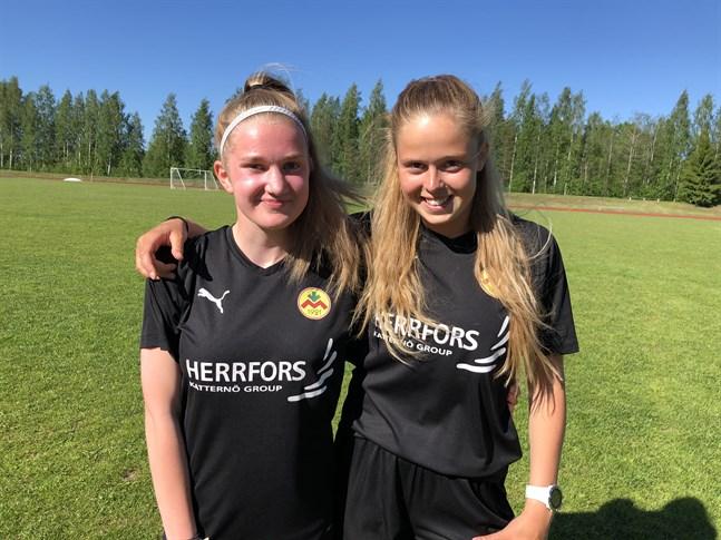 Oona Ojala och Amanda Kass, Myrans mittbackspar.