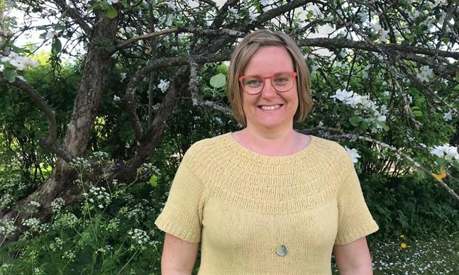 """Måndag 15 juni 2020 samlar Mikaela Smedinga in sagor till projektet """"Moderna sagor – interaktivt berättande i digital form"""" för sista gången."""