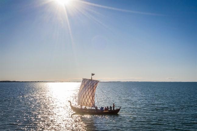 Stormøgha, före detta Heimløsa Rus, seglar igen.