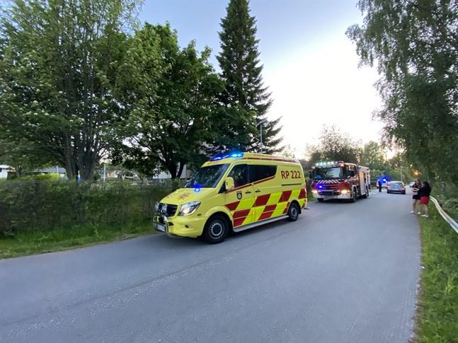 En brand bröt ut i Bonäs under lördagskvällen.