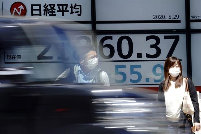 De ledande börserna i Asien öppnar handelsveckan nedåt. Arkivbild.