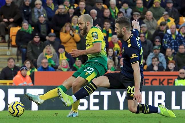 Teemu Pukki ska försöka hjälpa sitt Norwich att klättra upp från jumboplatsen i Premier League-tabellen.