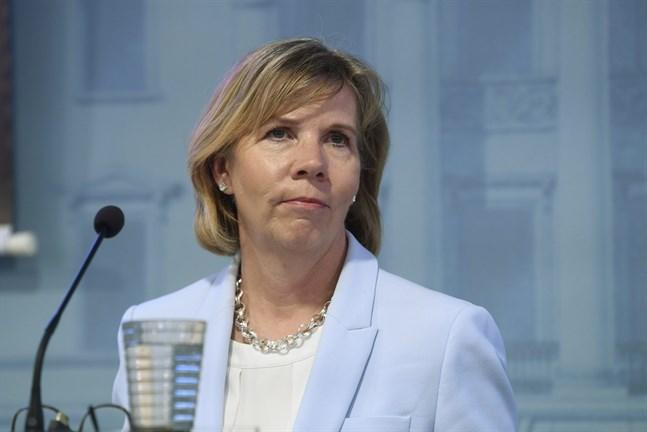 Justitieminister Anna-Maja Henriksson säger att ibruktagandet av beredskapslagen fungerade som en väckarklocka för finländarna.