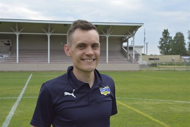 Vi har många unga spelare som gjort det väldigt bra och som är ivriga att spela division 2-fotboll., säger Kraft fotbolls ordförande Mårten Grandell.