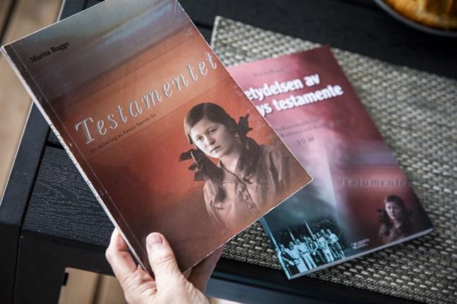 Marita Bagges första bok om Fanny Smeds utkom 2001. Den ingår som en del av den nya boken som utges nu av Labyrinth Books.